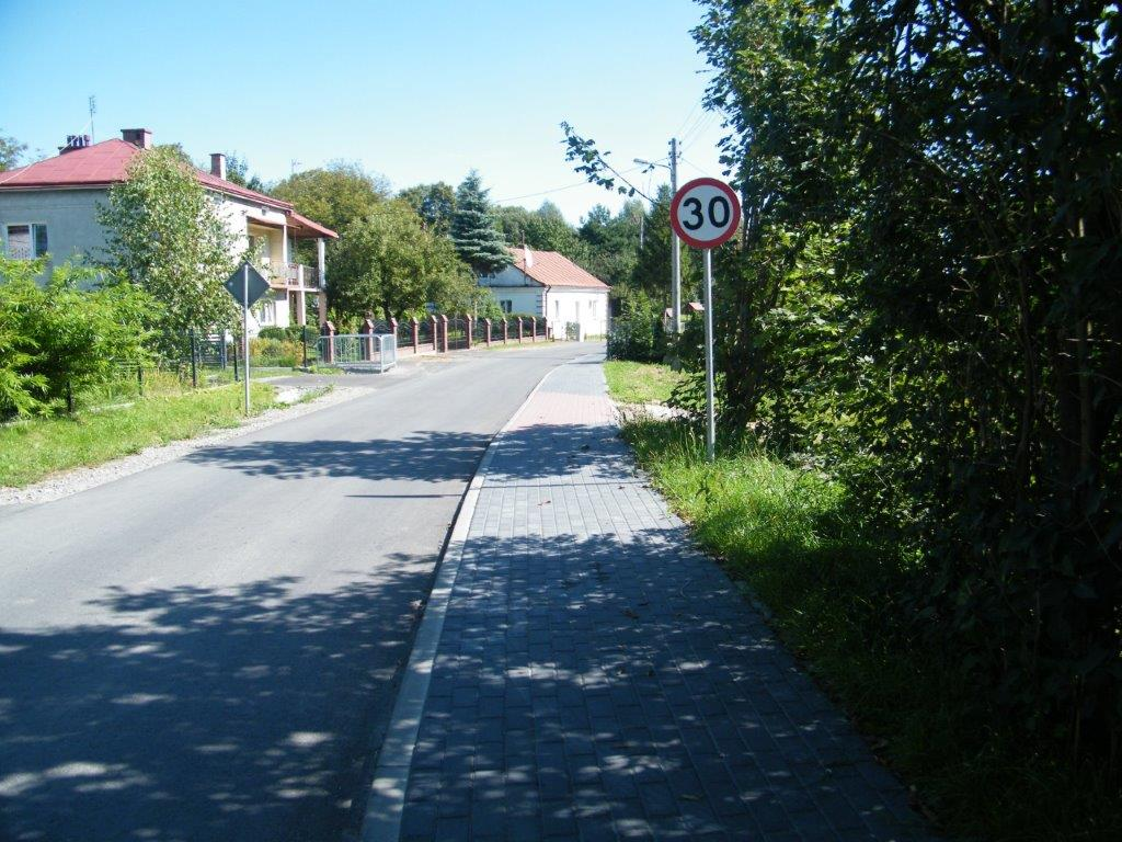 Galeria zdjęć: Przebudowa drogi gminnej Nr 111681R w miejscowości Pruchnik od km 0+000 do km 0+515,70
