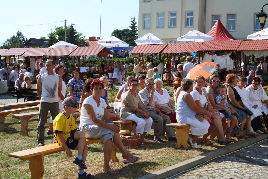 """Galeria zdjęć: XI Jarmark Sztuki Ludowej """"Pruchnickie Sochaczki""""  - Galeria 2"""