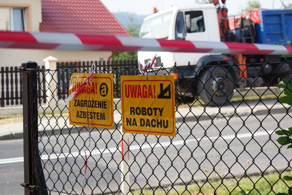 Galeria zdjęć: Usuwanie i utylizacja azbestu w gminie Pruchnik.