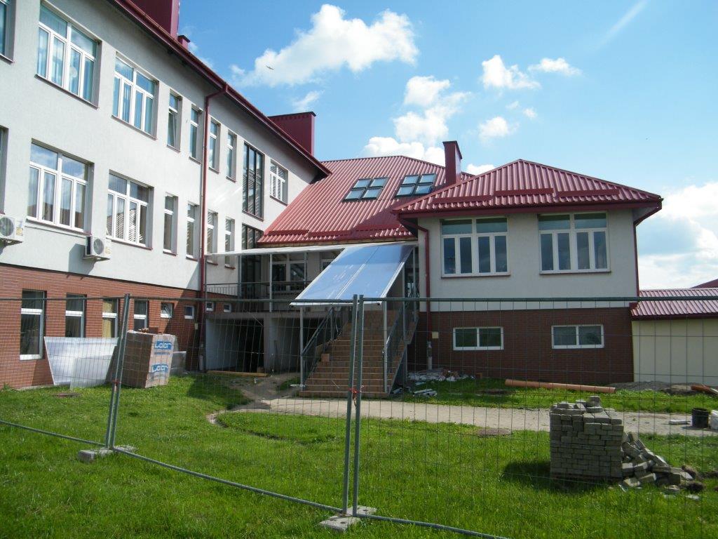 Galeria zdjęć: Budowa przewiązki (łącznika) między gimnazjum a salą gimnastyczną w Pruchniku