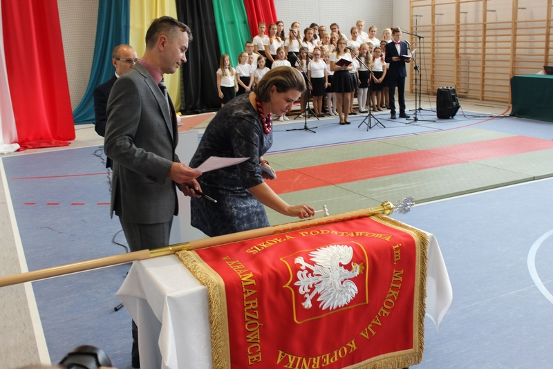 Galeria zdjęć: Gmina Pruchnik oddała do użytkowania nową salę gimnastyczną w miejscowości Kramarzówka